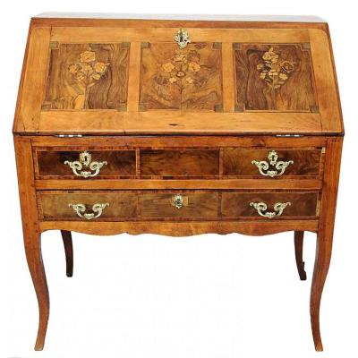 "Desk ""dos d'âne"" With Floral Decor Louis XV Period"
