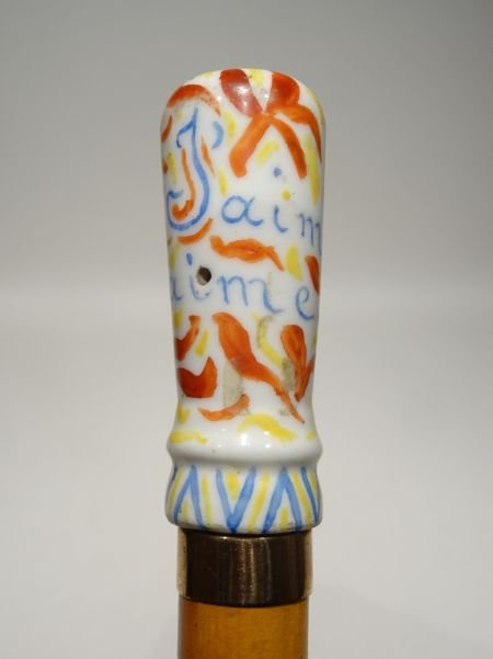 Cane With The Handle In Porcelain « J'aime Qui M'aime »