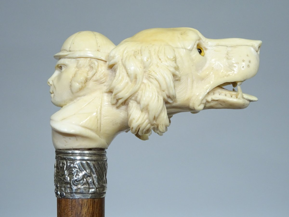 Cane With Powerful Double Handle On The Theme Of The Hunter And His Dog