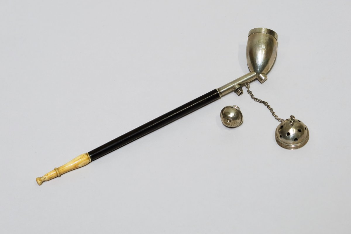Pipe In Silver, Wood And Ivory Datable From The 18th Century