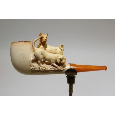 Meerschaum Pipe Representing Two Dogs Of Different Breed
