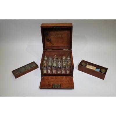 Pharmacie De Bord d'Origine Anglaise Datable Vers 1860/70