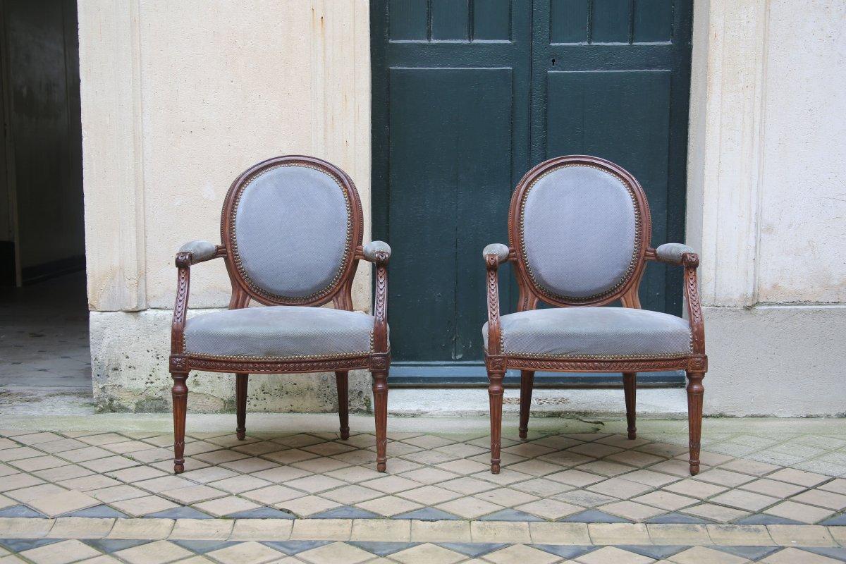 Paire de fauteuils d'époque Louis XVI.