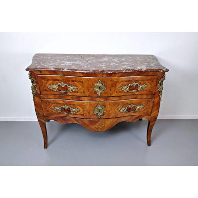 Commode Louis XV, Marqueterie