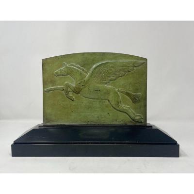 Plaque en bronze patiné représentant Pégase par Louis van Custem,  socle en marbre de Mary  - 1930s
