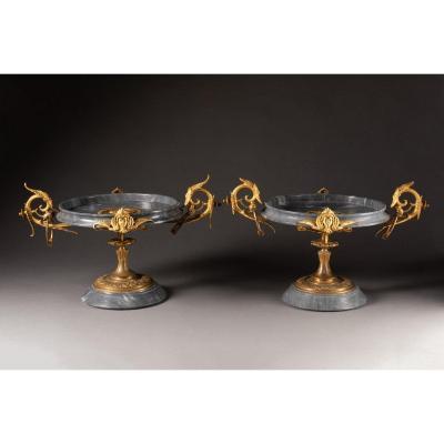 Charmante Paire De Coupes 19ème De Style  Néo-grec  En Marbre Et Bronze Doré