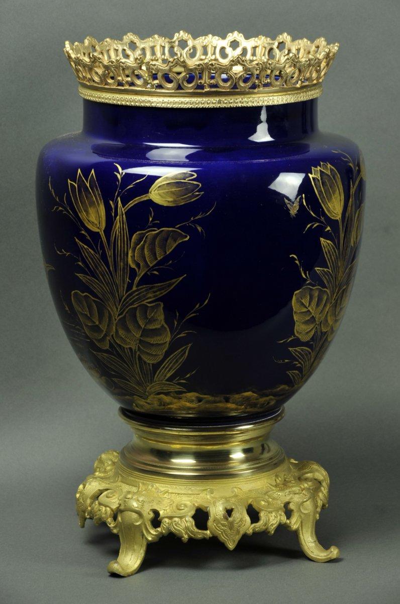 Important Cache Pot Art Nouveau De La Fin Du 19ième Siécle