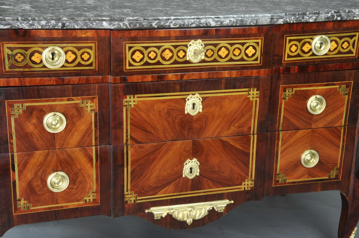 Large Commode Transition With Marquetry Of Quartefeuille-photo-1