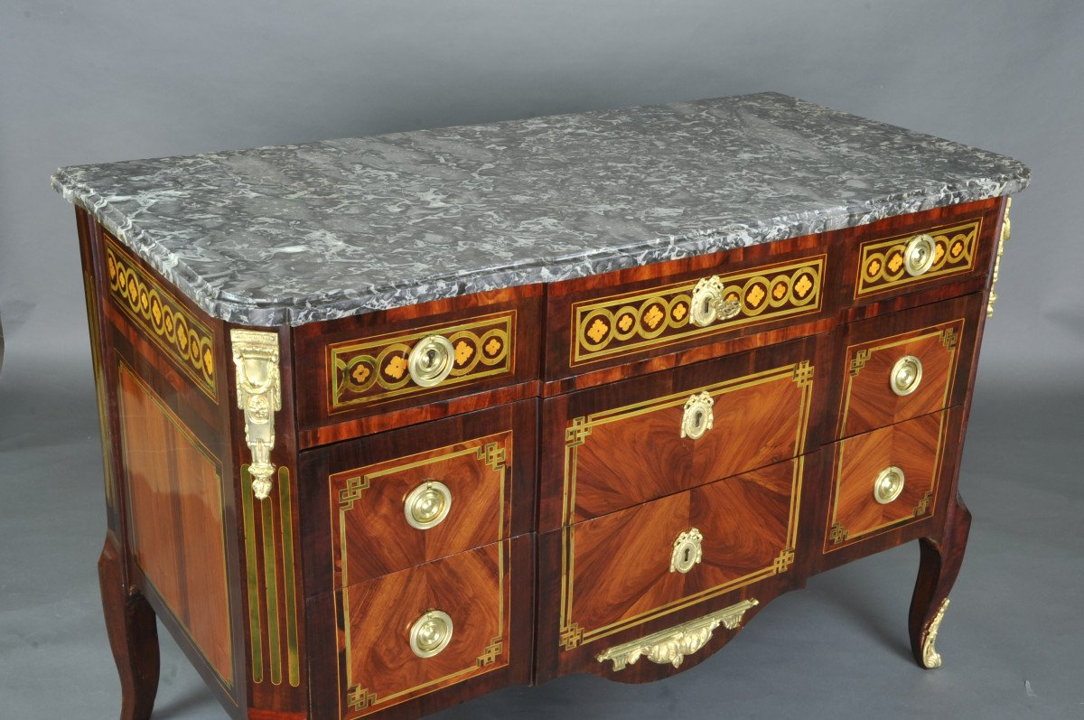 Large Commode Transition With Marquetry Of Quartefeuille-photo-2