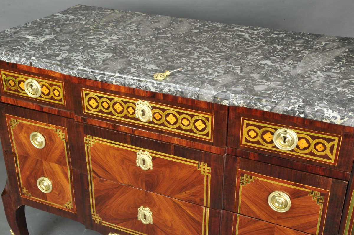 Large Commode Transition With Marquetry Of Quartefeuille-photo-6