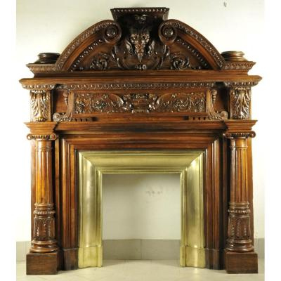 Important Neo Renaissance Fireplace Mantel From The 19th Century In Carved Walnut