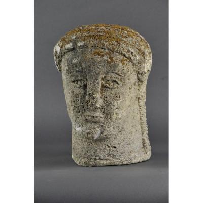 Sculpture Médiévale En Pierre – Tête De Femme à La Coiffe