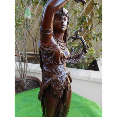 Bronze Statue (salambo)