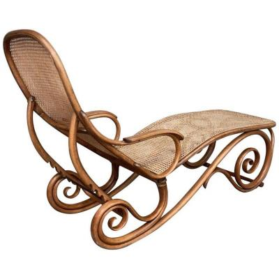 Thonet Chaise Longue In Bentwood Austria 1880