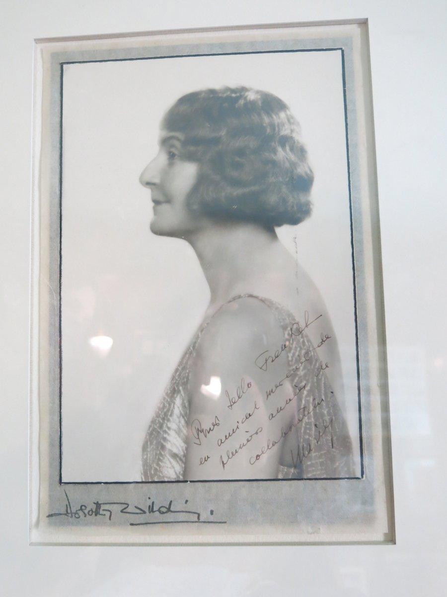 Photographie Dédicacée Et Signée Par Marie Bonaparte Princesse de Grèce