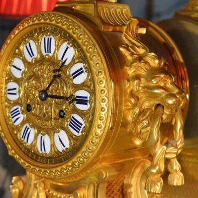 "Pendulum ""the Muzzles Of Lions"""