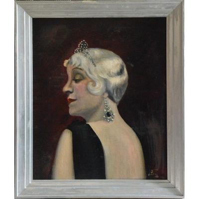 Portrait de l'actrice Françoise Rosay vers 1925.