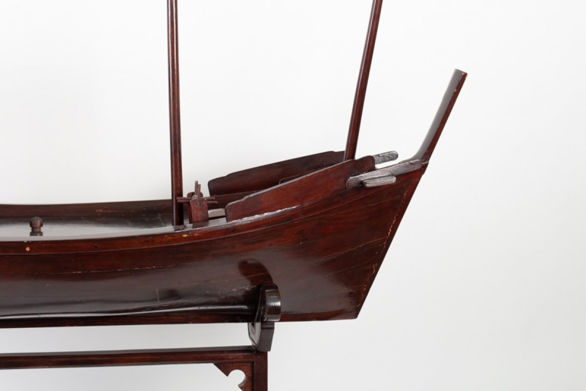 Chinese Junk In Exotic Wood-photo-2