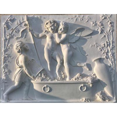 Bas-relief «Amour et  Bacchusfoulant Le Raisin» Grand Plâtre Ancien D'après Thorvaldsen