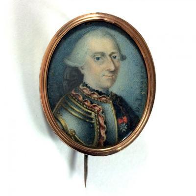 Signé De Longpré, portrait miniature dans sa broche, homme en armure, croix de Saint Louis, XVIIIe siecle