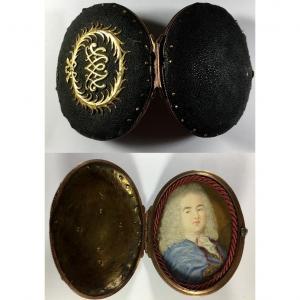 Portrait miniature dans son étuit de voyage en galuchat  XVIIème siècle.