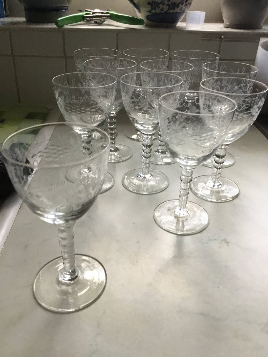 Suite Of 11 Cut And Engraved Crystal Glasses Nineteenth-photo-7