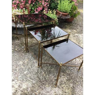 3 Tables Gigognes Bronze Doré Plateaux Opaline Noire Entretoise En X