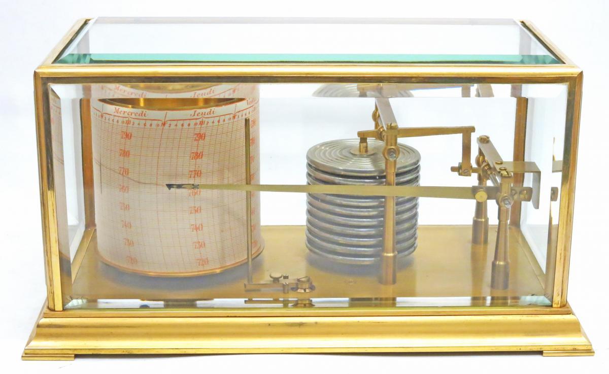 Baromètre enregistreur (barographe) Jules Richard entièrement vitré.