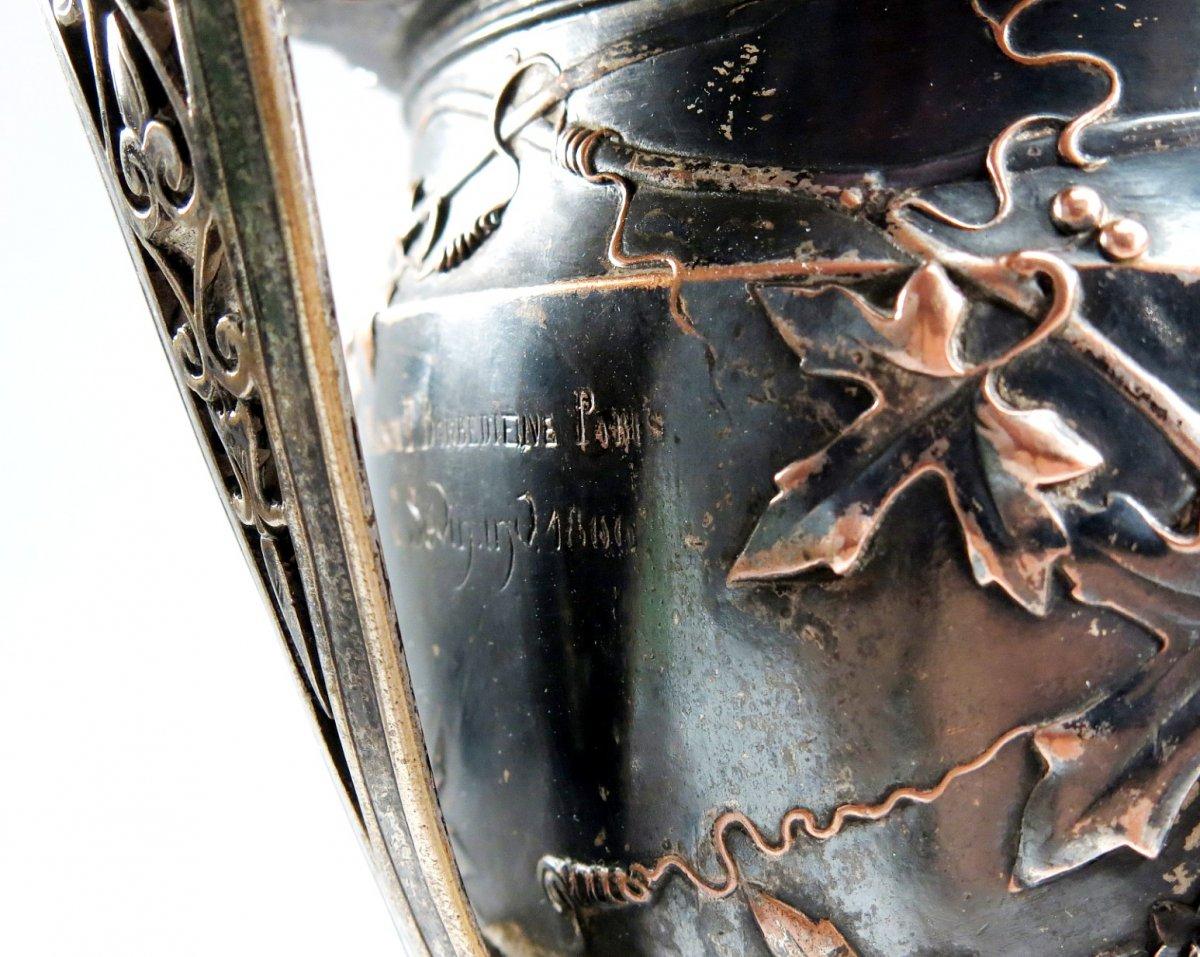 Vase canthare en bronze de Barbedienne et Sévin. 1866. Coupe à vin néo-classique.-photo-2