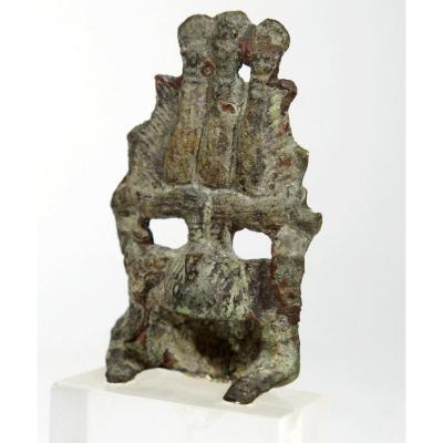 Petit bronze égyptien. Couronne divine hemhem. Egypte ptolémaïque.