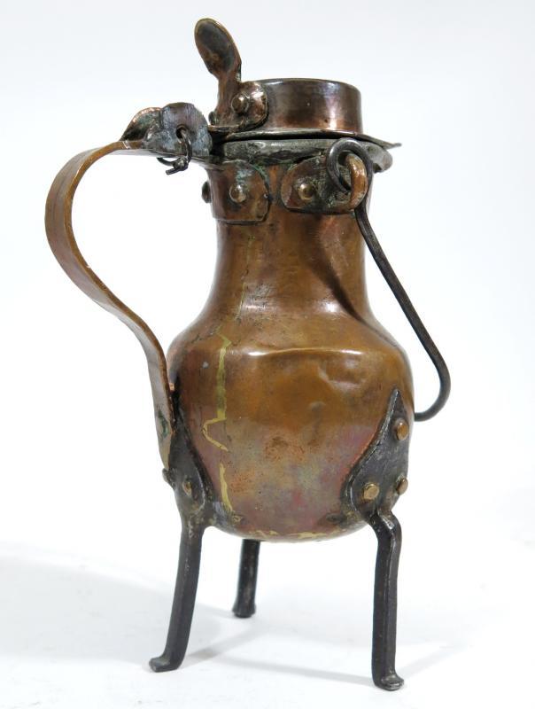 Coquemar miniature  en cuivre , XVIIIème siècle. Hauteur  16 cm.-photo-3
