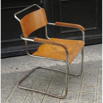 Marcel Breuer, B34 Armchair In Nickel-plated Steel And Wood. 1930s.