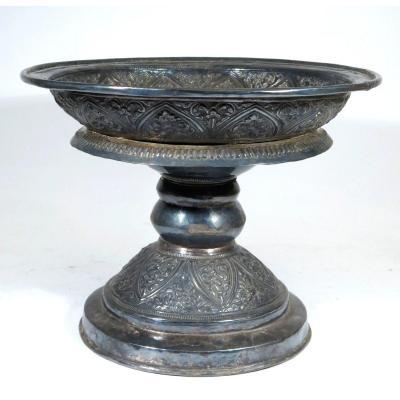 Coupe ou calice  en argent néo-gothique.