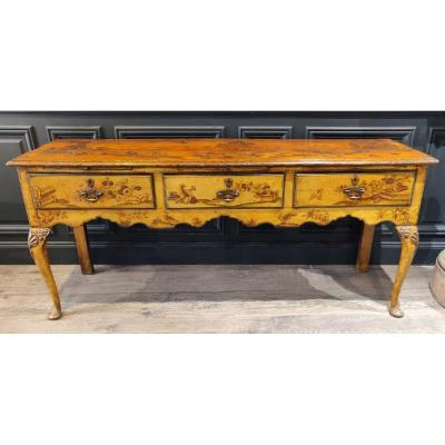 Chippendale Console In Yellow Lacquer Decor In Chinese Eighteenth Time