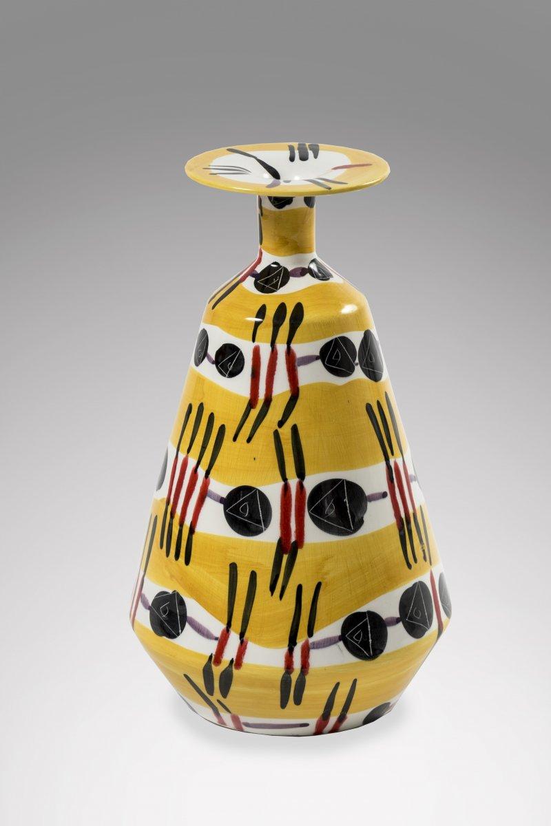 Procelaine Vase 1960