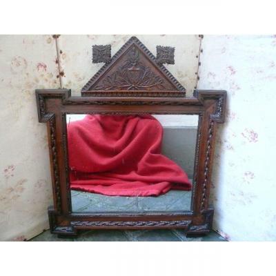 Mirror In Walnut Period Late Eighteenth Century