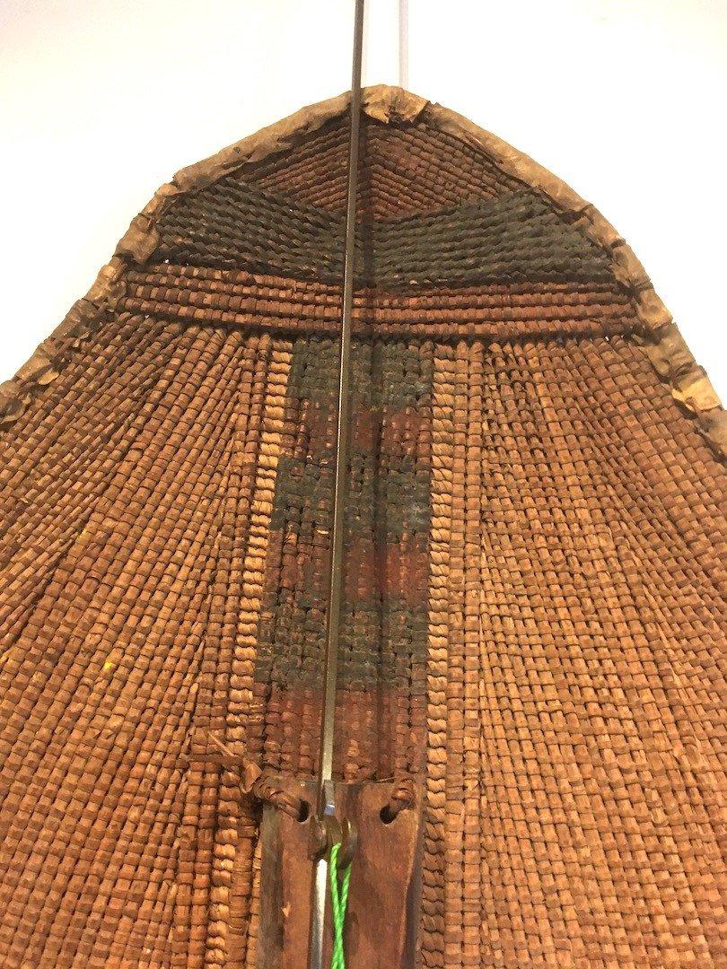 Bouclier en Rotin, bois et peau.  Zandé Manza. Centre Afrique, RDC. Début XXe Siècle.-photo-2