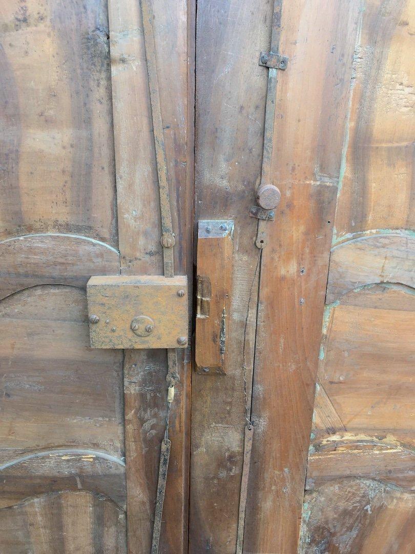 Pair Of Large King Louis XV Walnut Doors. France Mid 18th Century.-photo-5