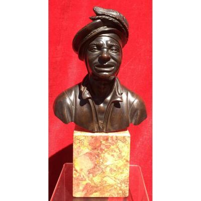 Petit Buste d'Homme En Costume De Cour En Bronze Sur Socle Marbre. France XIXe Siècle.