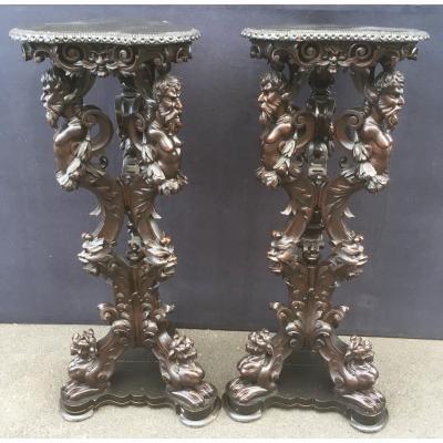 Paire De  Grandes Sellettes, Bois Sculpté Dans Le Style De La Renaissance. Italie Milieu XIXe.