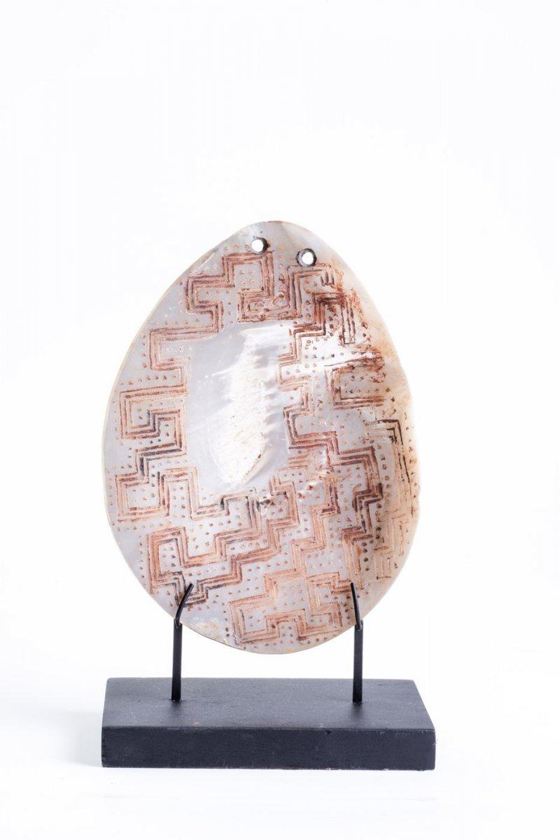 West Australian, Kimberly Region, Pearl Shell Ornament, Lonka Lonka