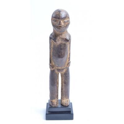 Lobi, Statue