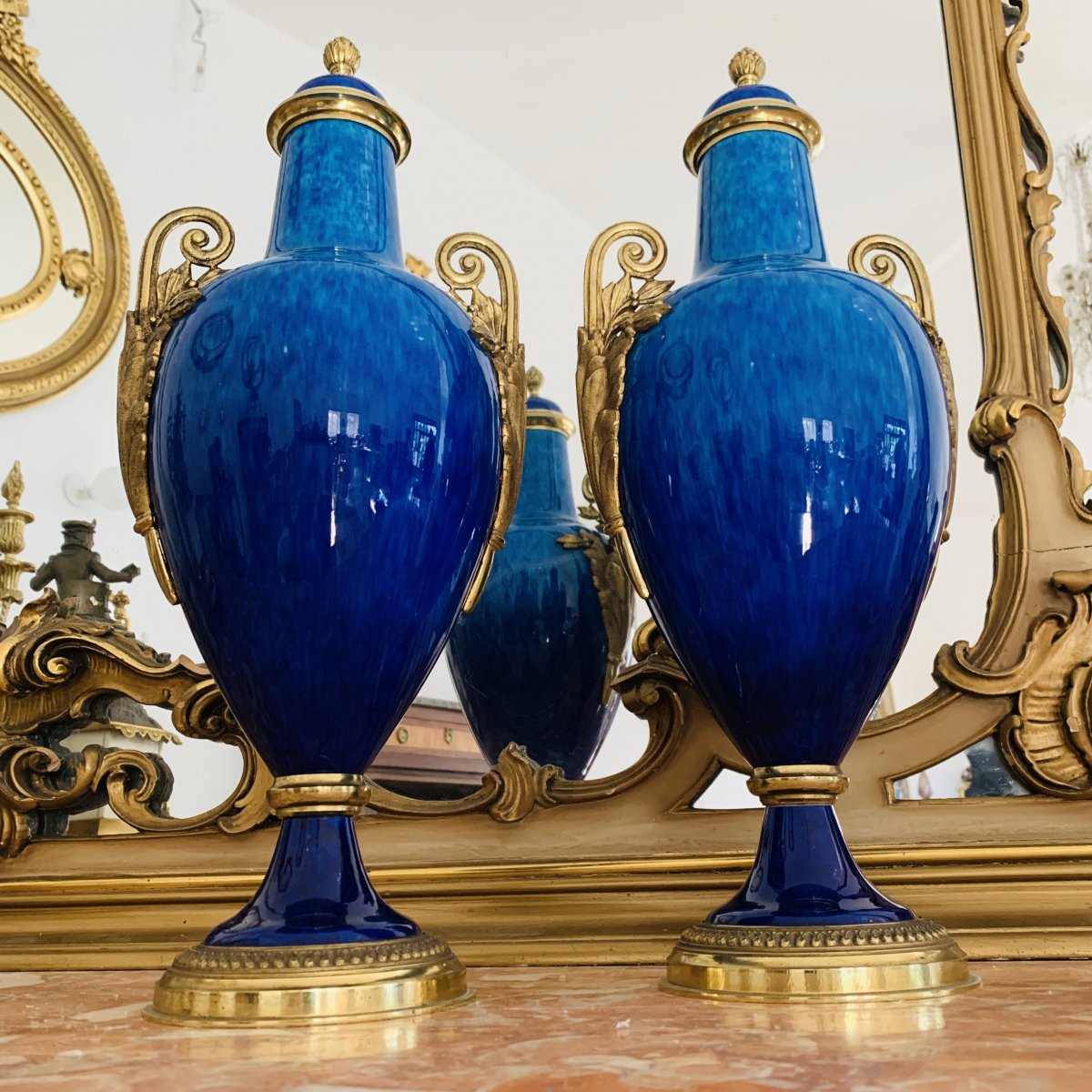 Paire De Vases Couverts Paul Millet