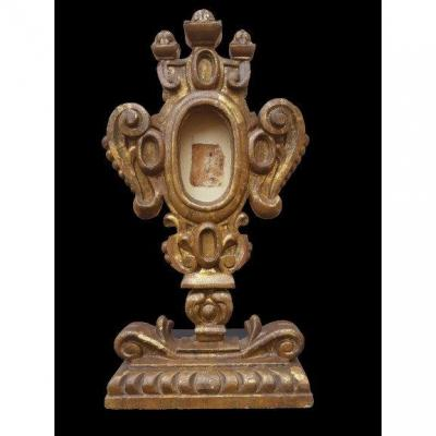 Spanish School Late 17th Century, Reliquary In Golden Wood (h 56 Cm)
