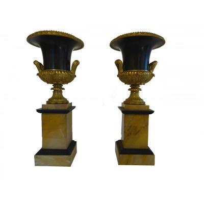 Paire De Vases Médicis Formant Cassolettes Epoque Restauration