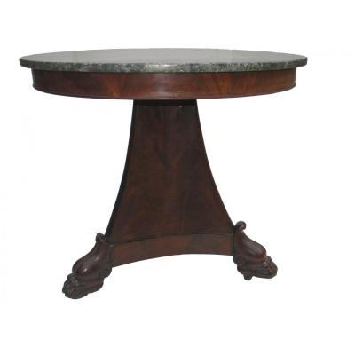 Pedestal Table With Central Pyramidal Shaft