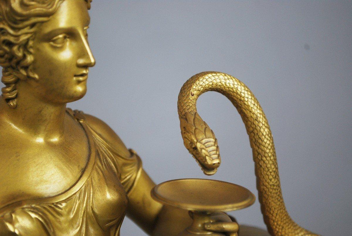 Hygie nourrissant le serpent sacré, horloge Charles X