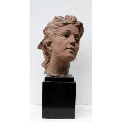 Sculpture En Terre Cuite, Tête De Femme