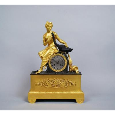 Charles X Clock In Bronze With Two Patinas, Leda And The Swan