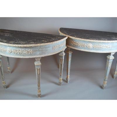 Paire De Consoles Demi Lune De Style Louis XVI
